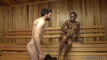 Ebony Ts anal fucks male in sauna