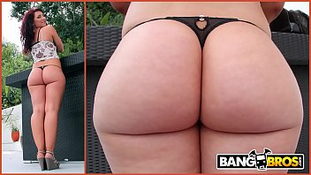 BANGBROS - Chris Strokes Goes Anal On PAWG Savannah Fox's Big Ass