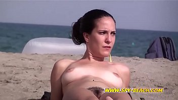 Sexy Nude Beach Babes Amateur Voyeur Hidden-Cam Video